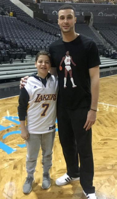 Athletes vs. Crohn's & Colitis was founded in January of 2017 by Cleveland Cavaliers forward Larry Nance Jr. and NY teen Noah Weber. The mission of AVC is to raise awareness of Crohn's and colitis in the adolescent population and help children realize their athletic potential despite being diagnosed with a chronic illness. Together they hope to connect young people afflicted with Crohn's and colitis to athletes to inspire and mentor.Together, they hope to connect young people afflicted with Crohn's and Colitis to athletes to inspire and mentor.